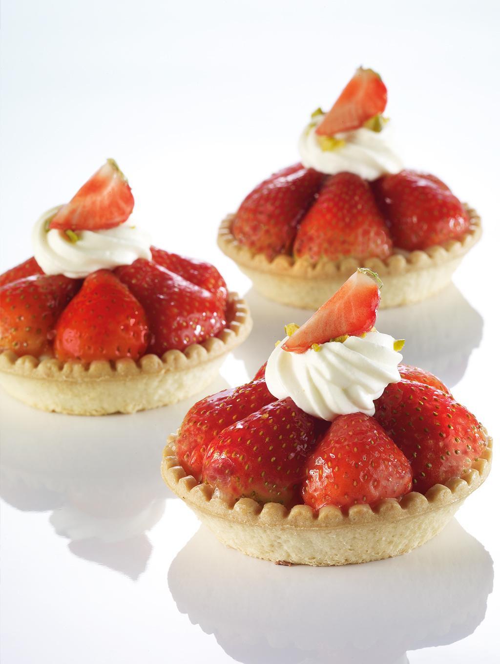 … was für eine Verführung die Erdbeeren sind wieder da.